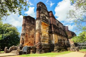 Sacred Quadrangle Vatadage Polonnaruwa Sri Lanka 24