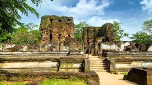 Sacred Quadrangle Vatadage Polonnaruwa Sri Lanka 51