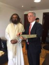 Gurudev Sri Sri Ravi Shankar met with Former president Alvaro Uribe, leader of the opposite party in Colombia