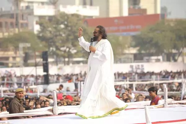 """Own Your Country"", Gurudev to 100,000 youth in Kota"