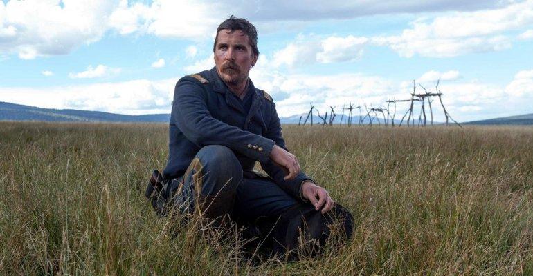 ״אויבים״, סקירה למערבון של סקוט קופר