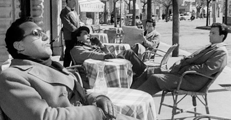 ״הבטלנים״, סקירה לסרטו של פליני שזמין בסינמטקים
