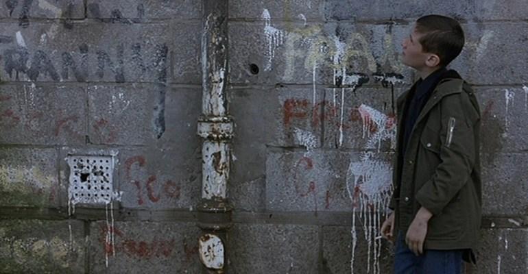 בחזרה אל סרטי נעוריי: ״מלכודת עכברים״ של לין רמזי