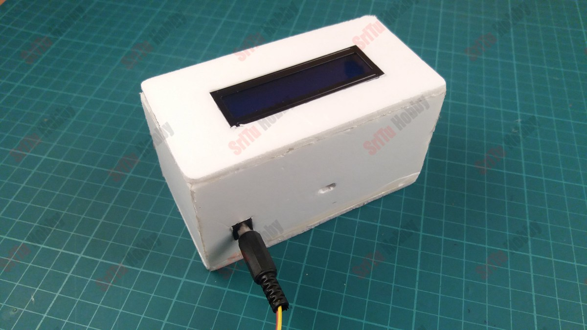 connect the power source to the digital ruler project. For that, use a potential of 7.4v to 12v.