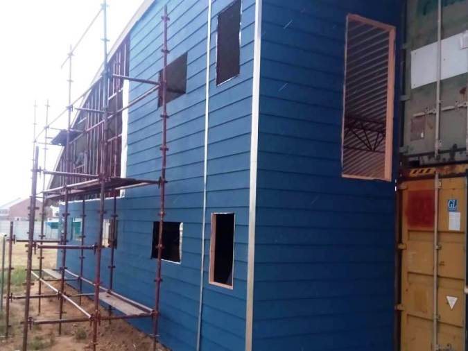 aluminium strips on cladding joins and corners