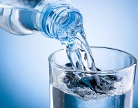 acqua naturale 320x252 CI: Bevande