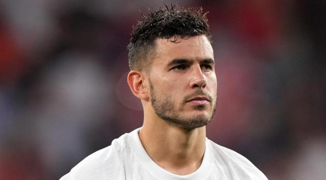 Bayern's Hernandez gets six months' jail for defying restraining order