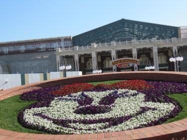 東京ディズニーランド「入場ゲート」の全面完成間近!4月15日以降の運用を予想する