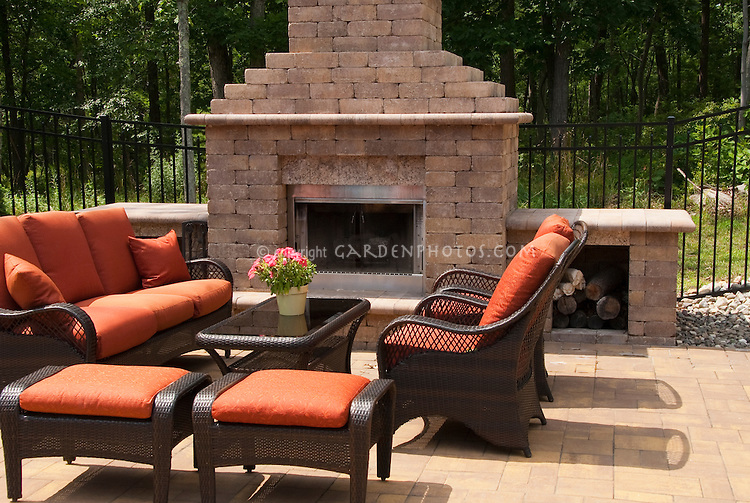 Creating an outside garden room | Plant & Flower Stock ... on Living Room Fire Pit id=97489