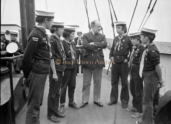 Image Sea Scouts on board Albatross Lightship D945-394.jpg ...
