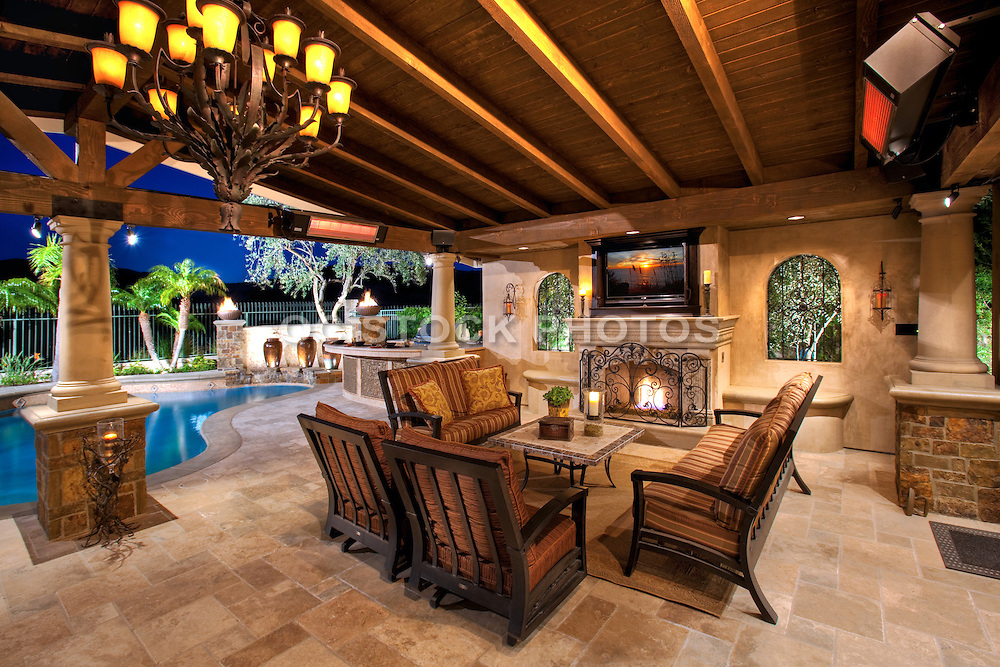 Custom Outdoor Living with Covered Patio   SoCal Stock ... on Custom Outdoor Living id=54004