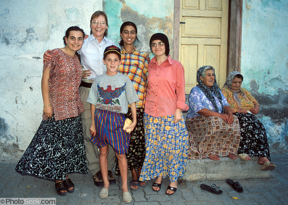Meeting A Friendly Turkish Family In Amasya Central