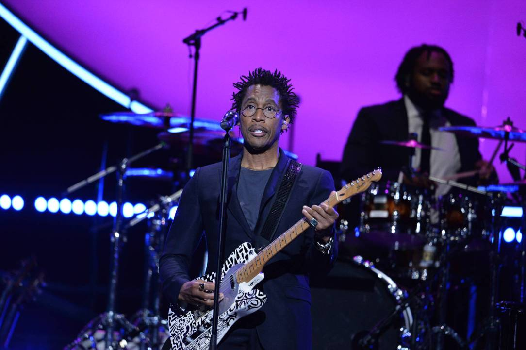 Raphael Saadiq performs at the 2019 Global Citizen Prize at the Royal Albert Hall on December 13, 2019 in London, England.