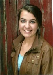 2016 Scholarship - Laura Petersen