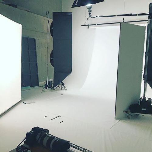 今日は企業さんの商品モデル撮影です!撮影案件もやってます。#スチール撮影#ポートレート撮影#代官山スタジオ#インフルエンサー