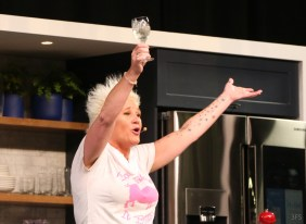 anne burrell nycwff no kid hungry wine and food festival new york @sssourabh