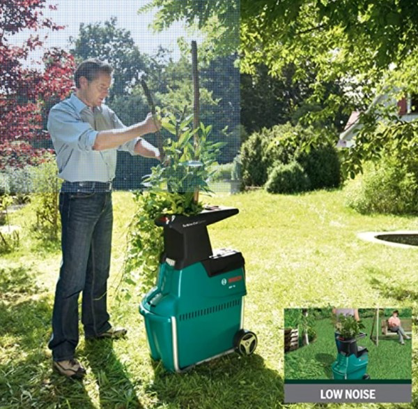 The Bosch AXT 25 TC Quiet Shredder - 2500W quiet shredder uses a 'Turbine-Cut System' which provides extremely fast material throughput from greenery to hard wood whilst avoiding any blockages. It has a practical 53L collection box for easy collection of the shredded material as well as an automatic feed and low noise levels for extremely convenient shredding.