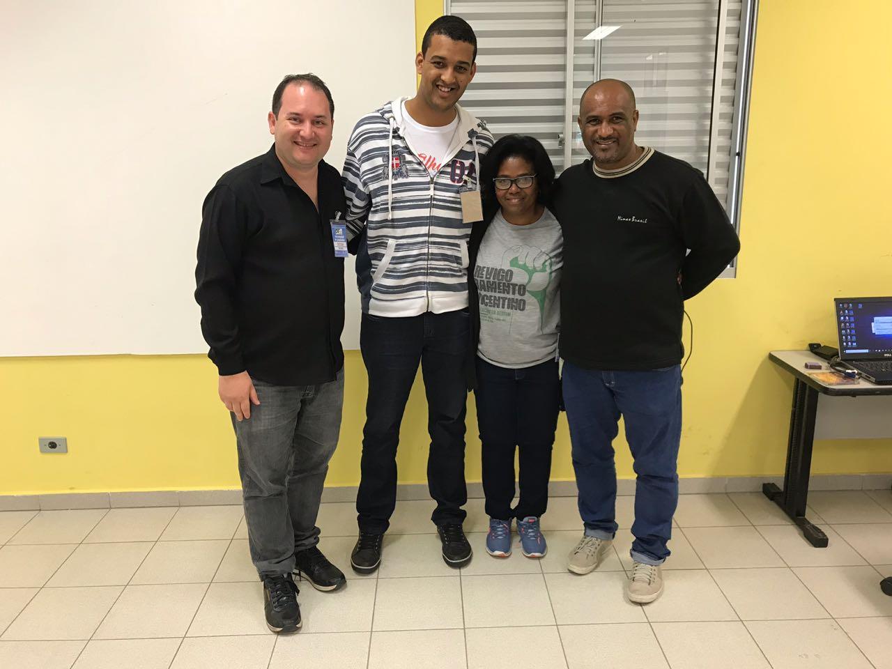 Alberto Pires, segundo da esquerda para direita, ao lado do Presidente Nacional da SSVP, Cristian Reis, a vice-presidente Nacional, Neuza Gomes, e o vice-presidente regional, Orlando Inácio.