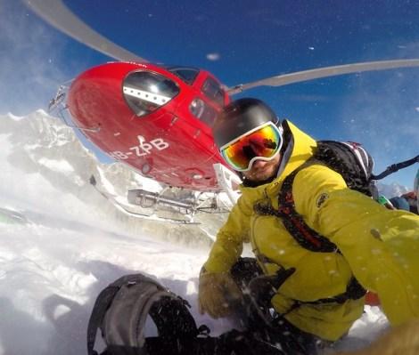 Kuscheln mit dem Heli: Nicolas in Zermatt (Foto: Nicolas Metz)