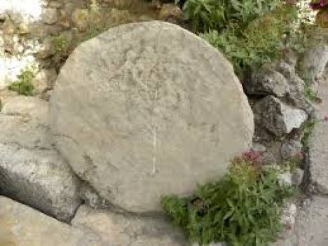 Pics For > Jesus Closed Tomb | Easter symbols, Jesus, Tomb