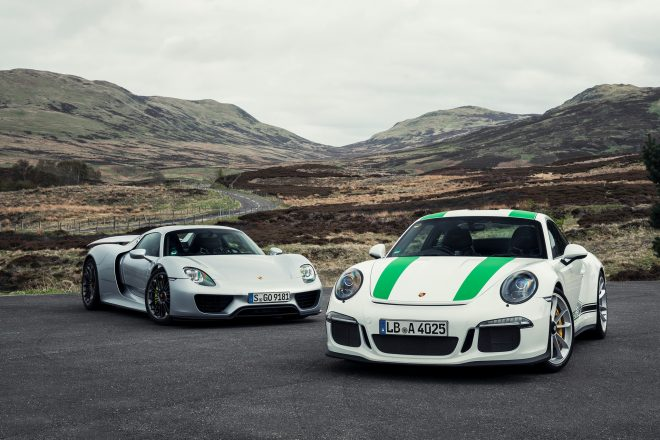 porsche 918 spyder meets 911 r test drive news. Black Bedroom Furniture Sets. Home Design Ideas