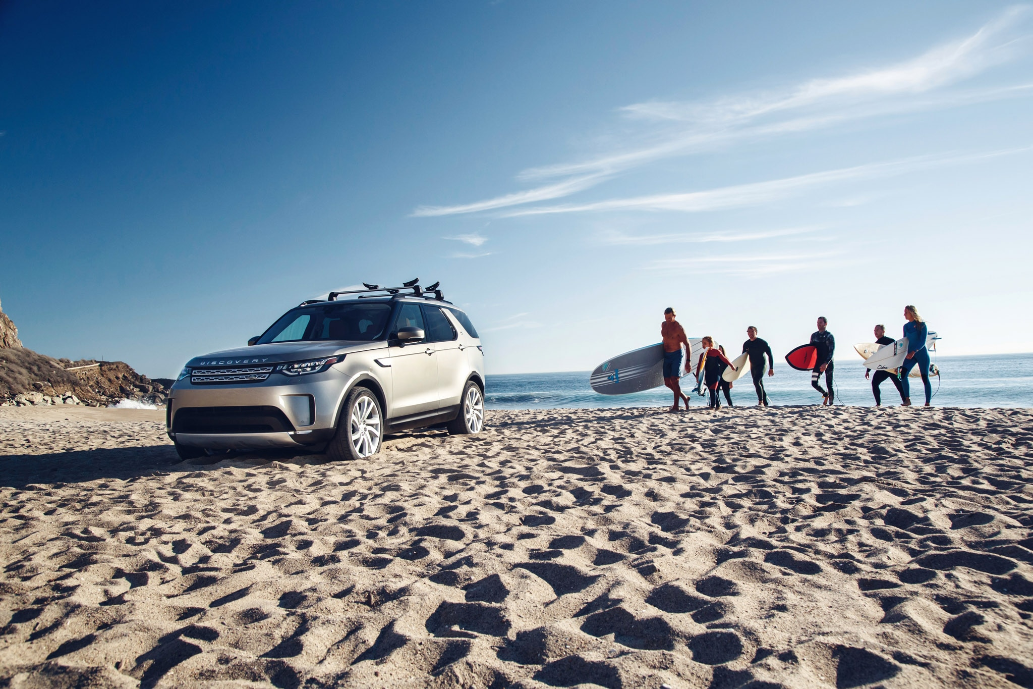 Surf s Up for 2017 Land Rover Discovery HSE