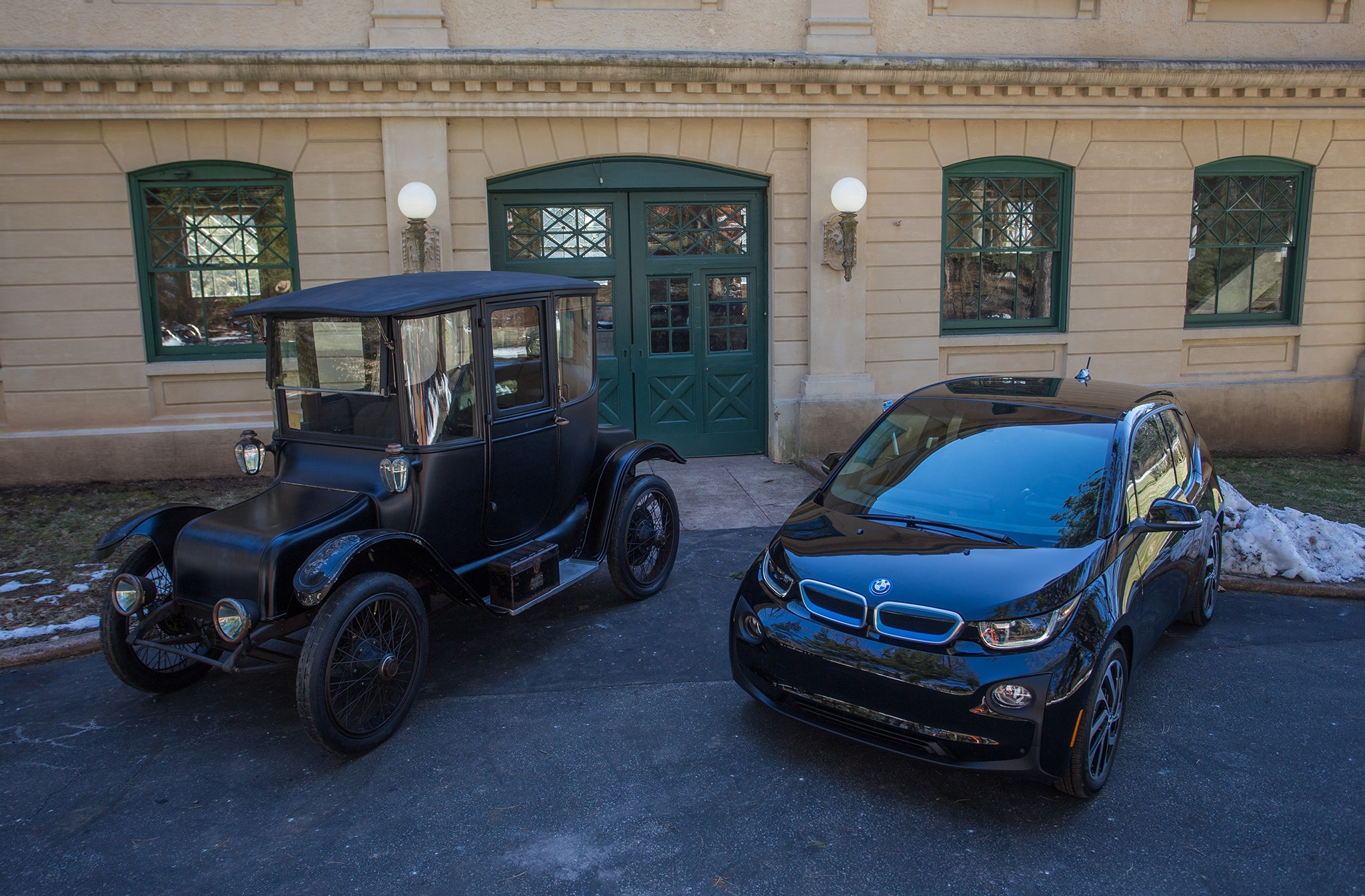 BMW Partners with National Park Service to Provide Up to 100 EV