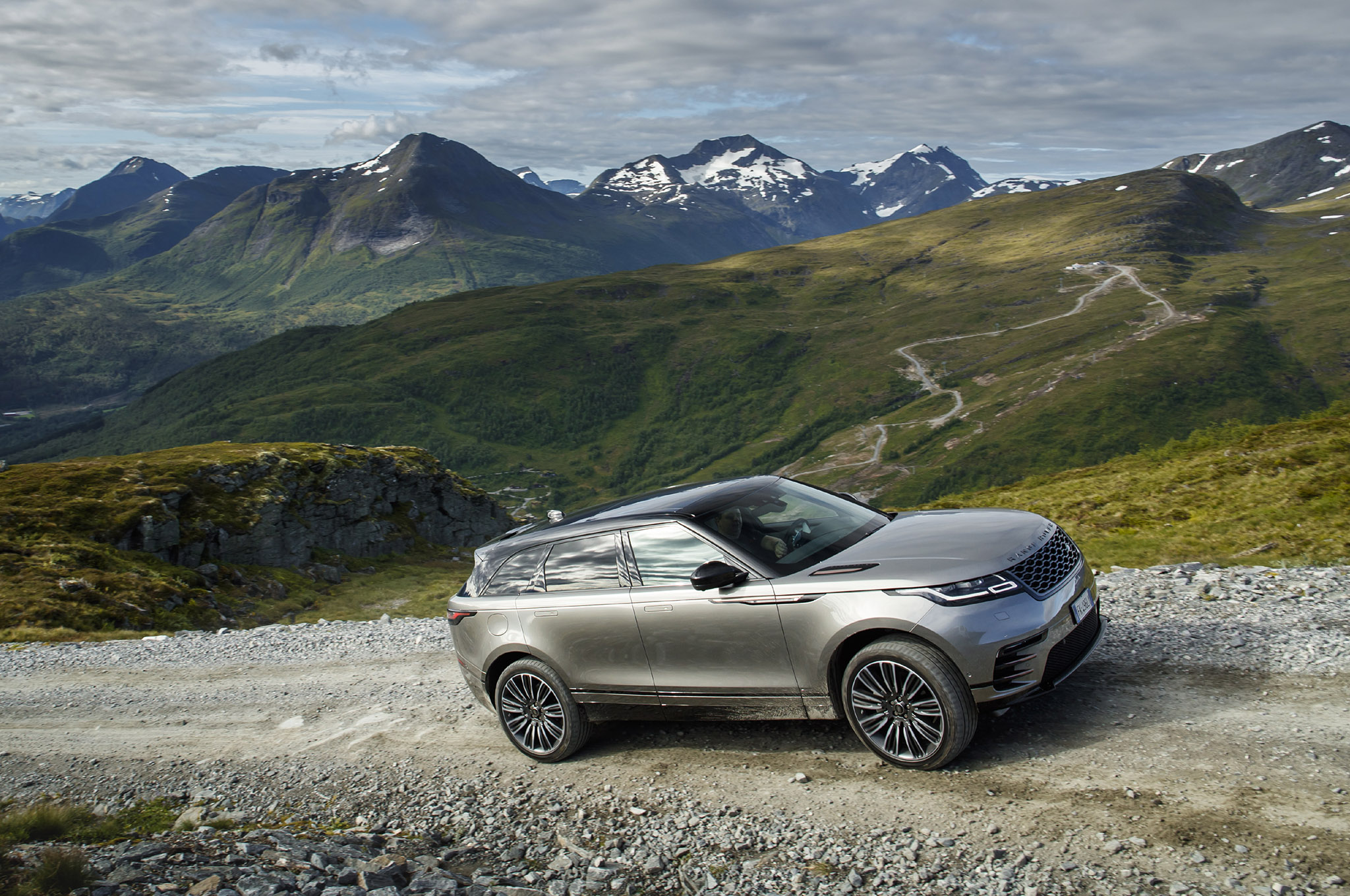 2018 Range Rover Velar First Drive Review