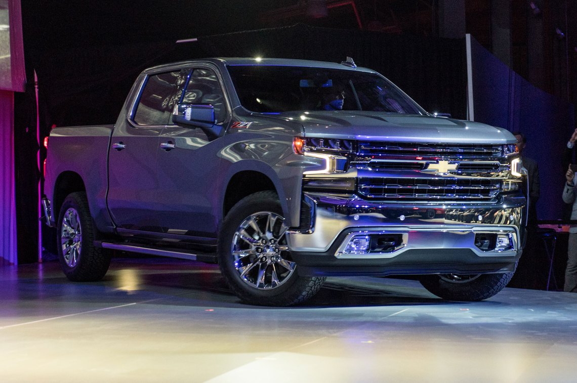 2019 chevrolet silverado 1500 revealed in detroit | automobile magazine