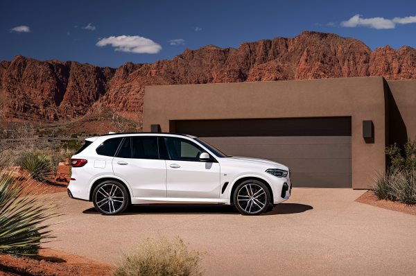 2019 BMW X5 Offers More Horsepower and a Little Less ...