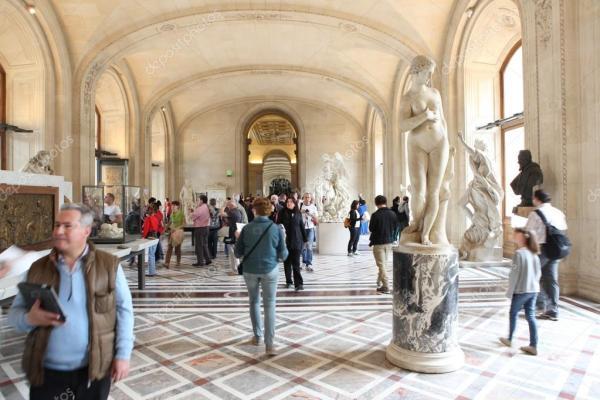 Лувр картины рубенса Посетителей в музей Лувр Париж