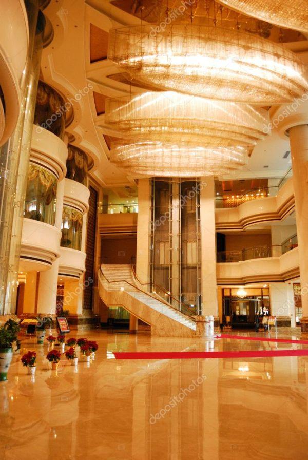 Интерьер комнаты лобби отеля класса люкс — Стоковое фото ...