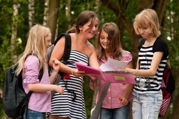 Делать домашнее задание на каникулы — Стоковое фото © dnf ...