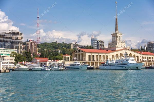 Пассажирский порт Сочи — Стоковое фото © wasja #38735437