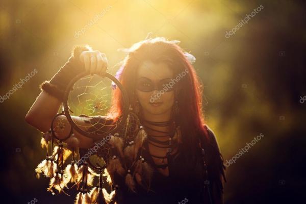 Картинки: шаман. Молодые красивые девушки Шаман в лесу ...