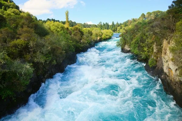 222,835 Flowing river Pictures, Flowing river Stock Photos & Images |  Depositphotos®