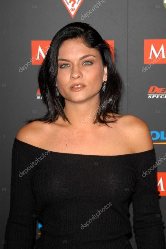 Jodi Lyn Okeefe At The 2003 Maxim Hot 100 Party Private Location Hollywood Ca  Photo By S_bukley