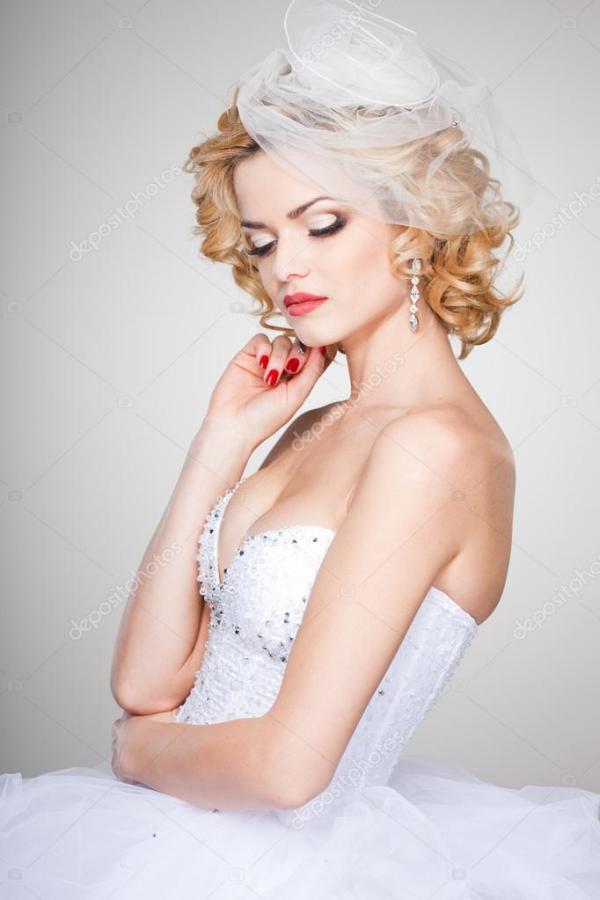 Красивая невеста портрет носить профессиональный макияж ...