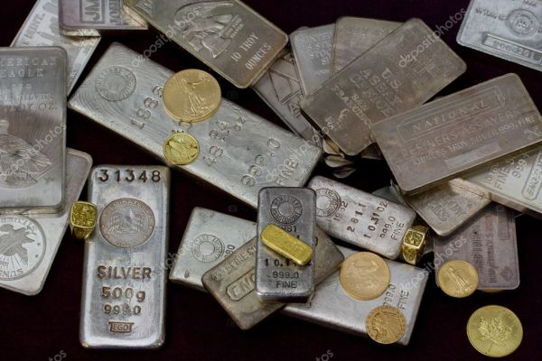 Silver and Gold Bullion Bars, Coins and Rings — Stock ...