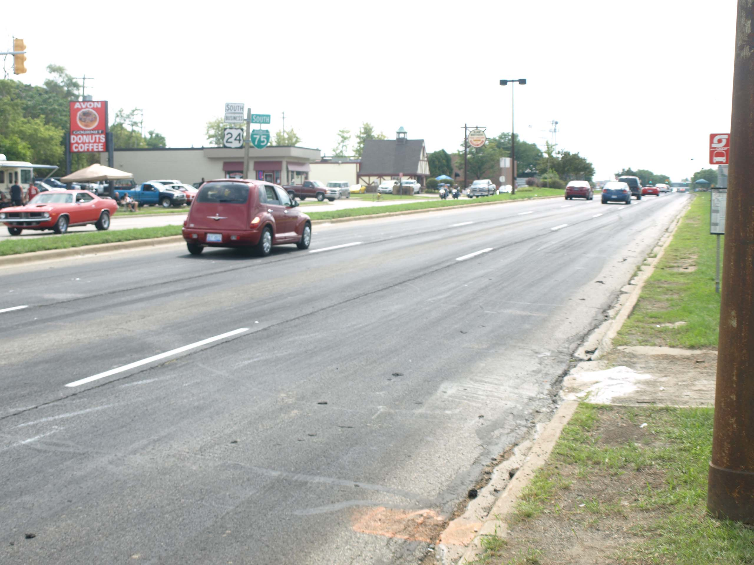 Amazingly, by Saturday morning, all signs of the impromptu Roadkill Nights drag strip were removed and normal traffic returned to Woodward Avenue. Plans for 2017 are unknown. It is possible this was a once in a lifetime event. We're glad to have witnessed it!