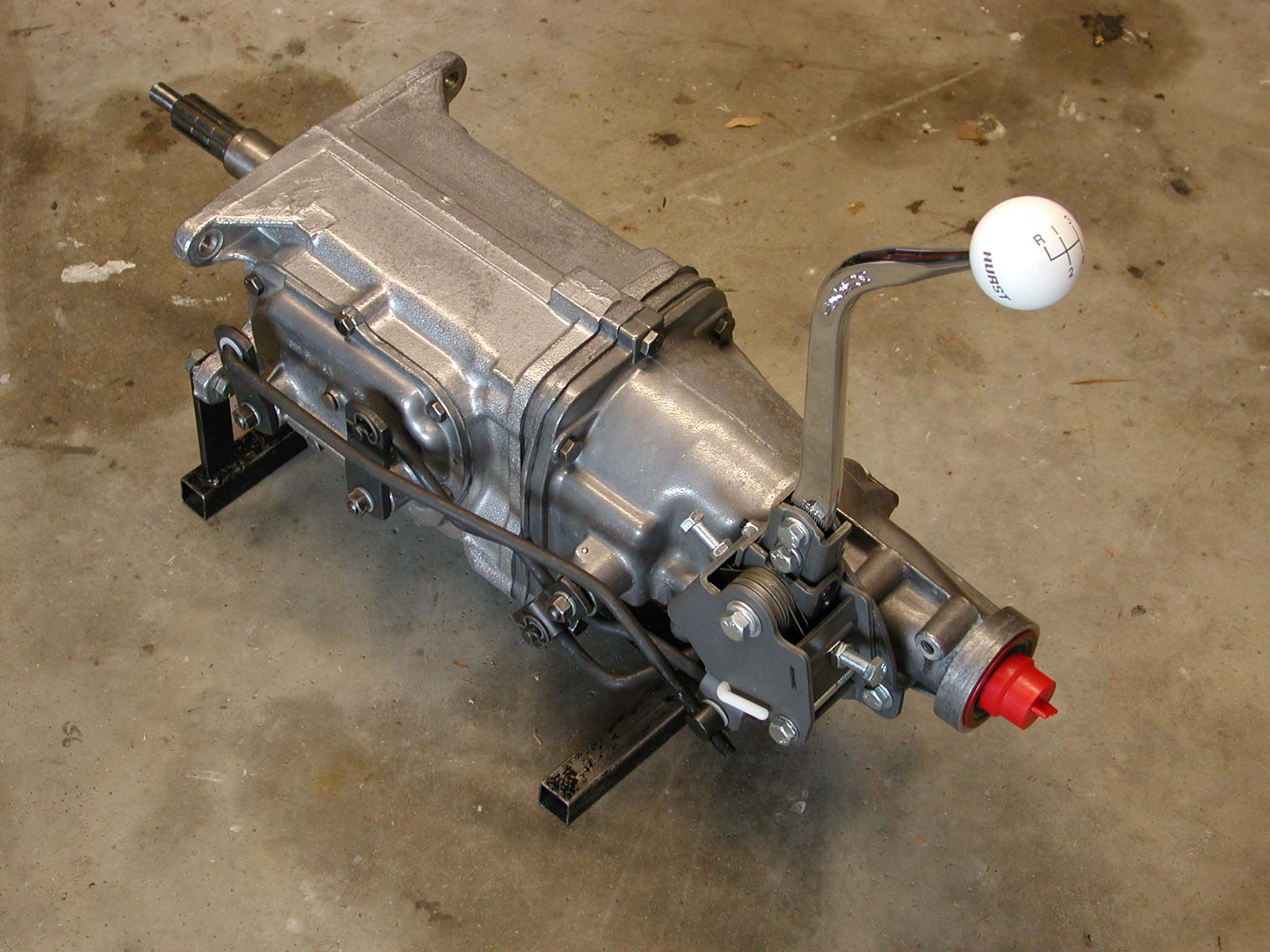 muscle-car-glossary-muncie-transmission-on-stand