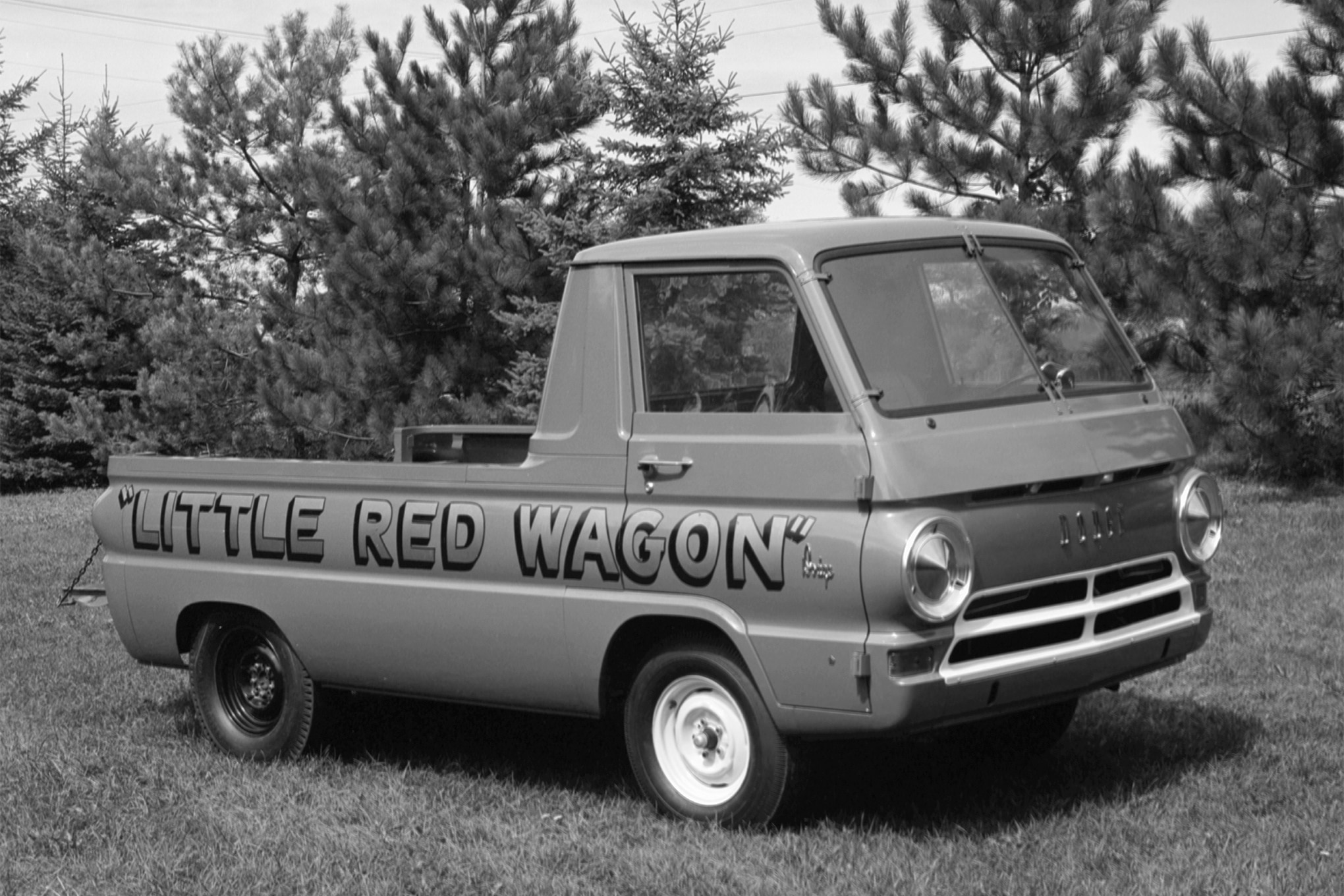 19-struggles-1964-dodge-pickup-static-three-quarter-front-first-in-sequence