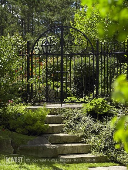 traditional landscape by K West Images, Interior and Garden Photography