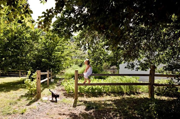 Farmhouse Landscape by Jessica Helgerson Interior Design