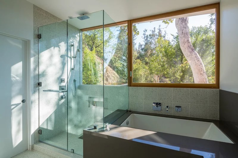 Contemporary Bathroom by ANX / Aaron Neubert Architects