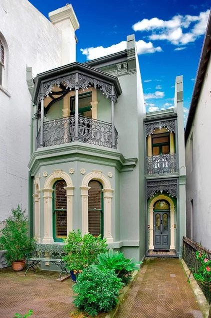Victorian Exterior by POC+P architects