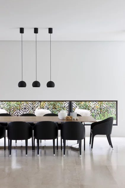 Modern Dining Room by Robert Mills Architects and Interior Designers