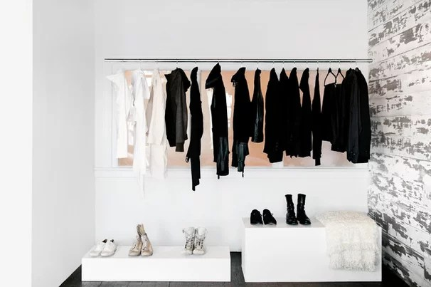 Beach Style Closet by Lukas Machnik Design