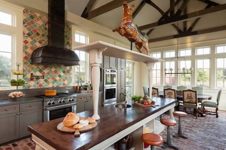 Farmhouse Kitchen by Maison Maison, Suzanne Duin Owner