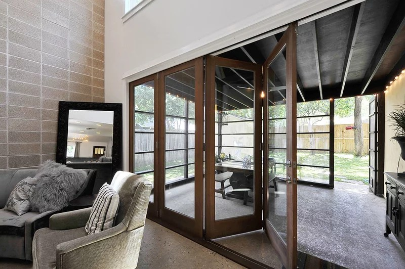 transitional patio by hatch + ulland owen architects